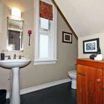 32 Summerhill Ave Toronto ON-small-015-12-Powder Room-666x444-72dpi