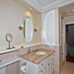 32 Summerhill Ave Toronto ON-small-025-32-Main Bathroom-666x444-72dpi
