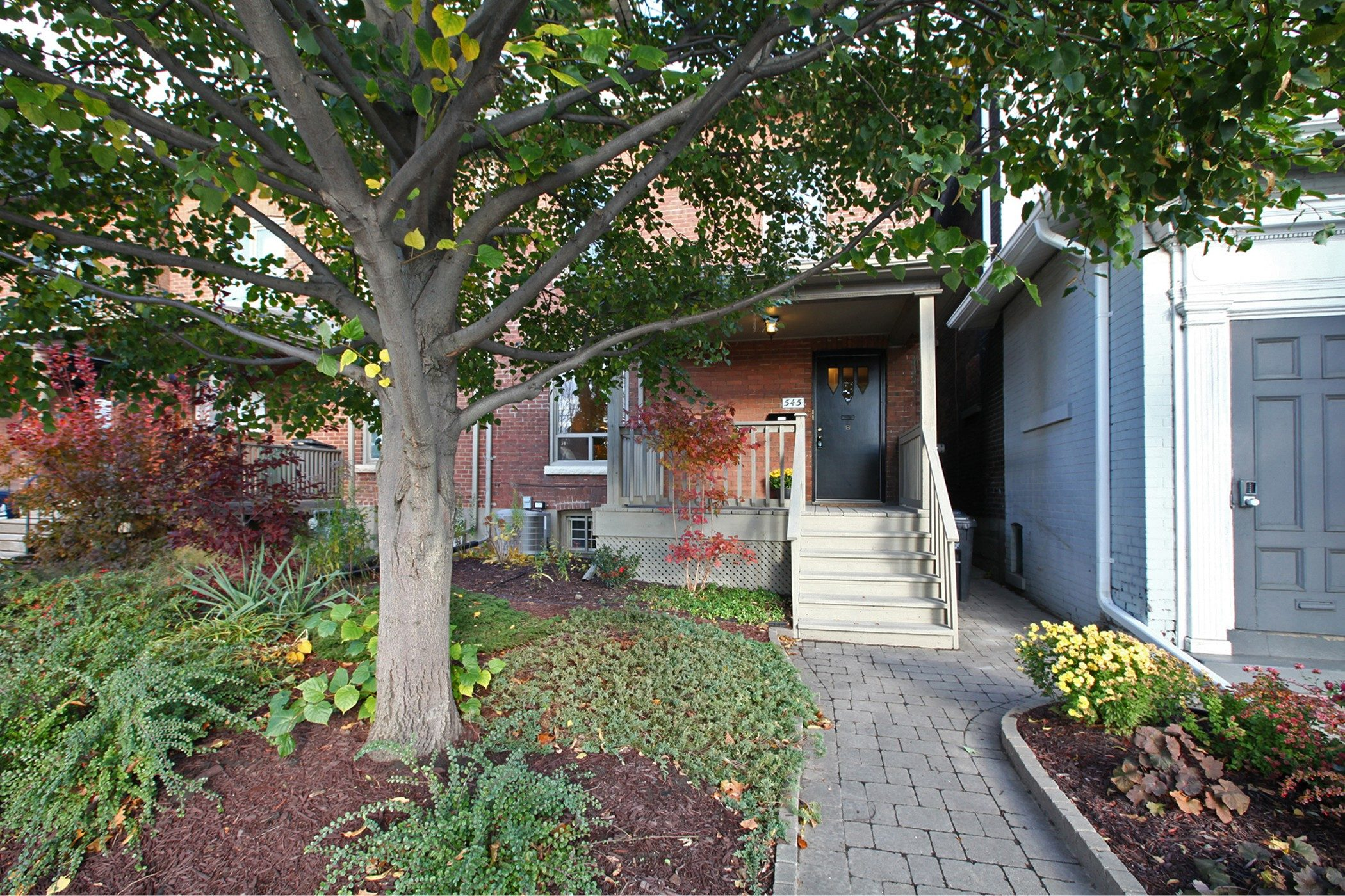 545 Broadview Ave Toronto ON-print-001-12-Exterior-2100x1400-300dpi