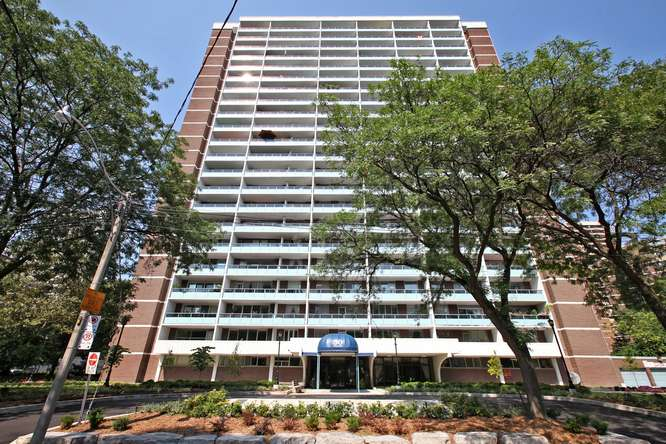 30 Gloucester St Unit 906-small-001-4-Exterior-666x444-72dpi