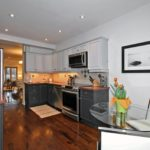 31 Grandview Ave Toronto ON-print-013-7-KitchenEating Area-2100x1400-300dpi