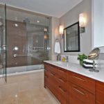 31 Grandview Ave Toronto ON-print-019-13-Main Bathroom-2100x1400-300dpi