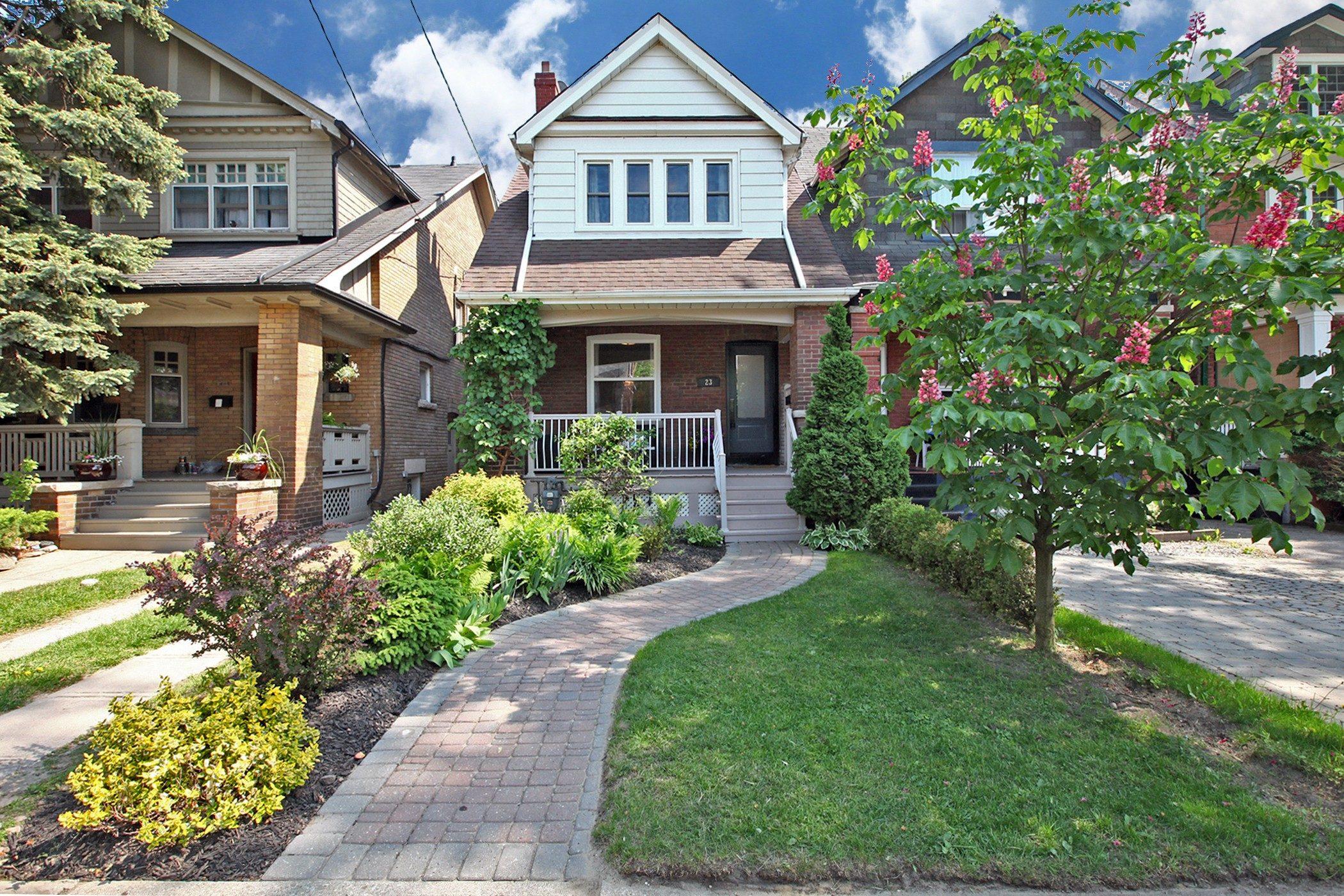23 Wolverleigh Blvd Toronto ON-print-001-11-Exterior-2100x1400-300dpi
