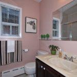 286 St Clair Ave E Toronto ON-print-030-9-Bathroom-2100x1400-300dpi