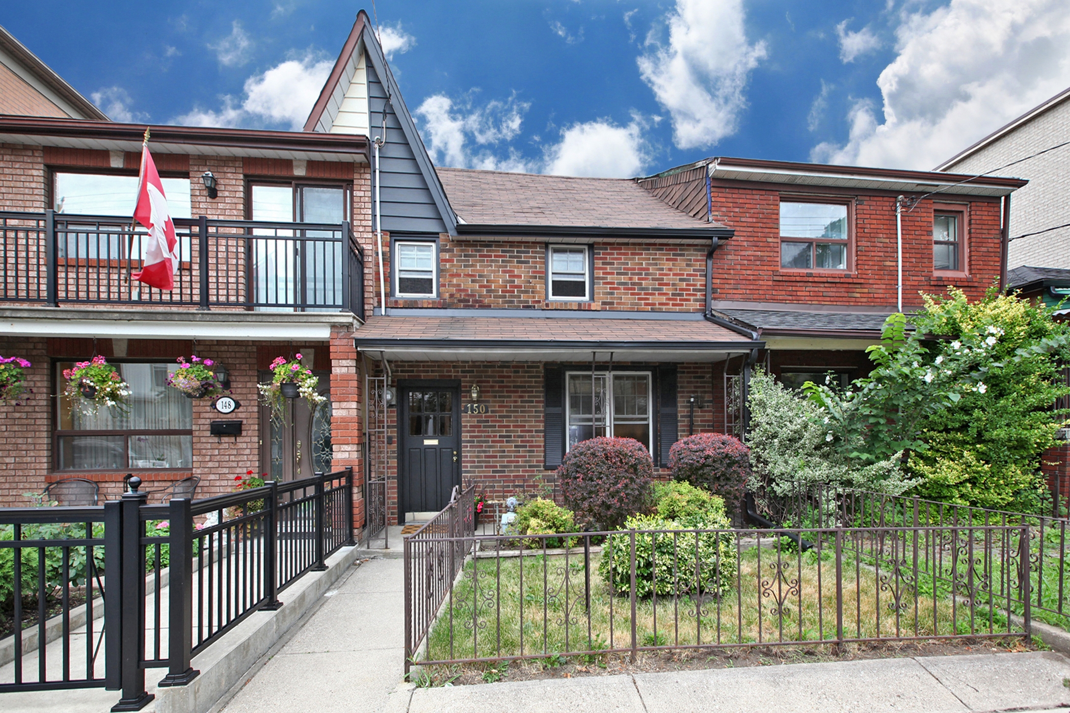 150 Claremont St Toronto ON-print-001-001-Exterior-2100x1400-300dpi