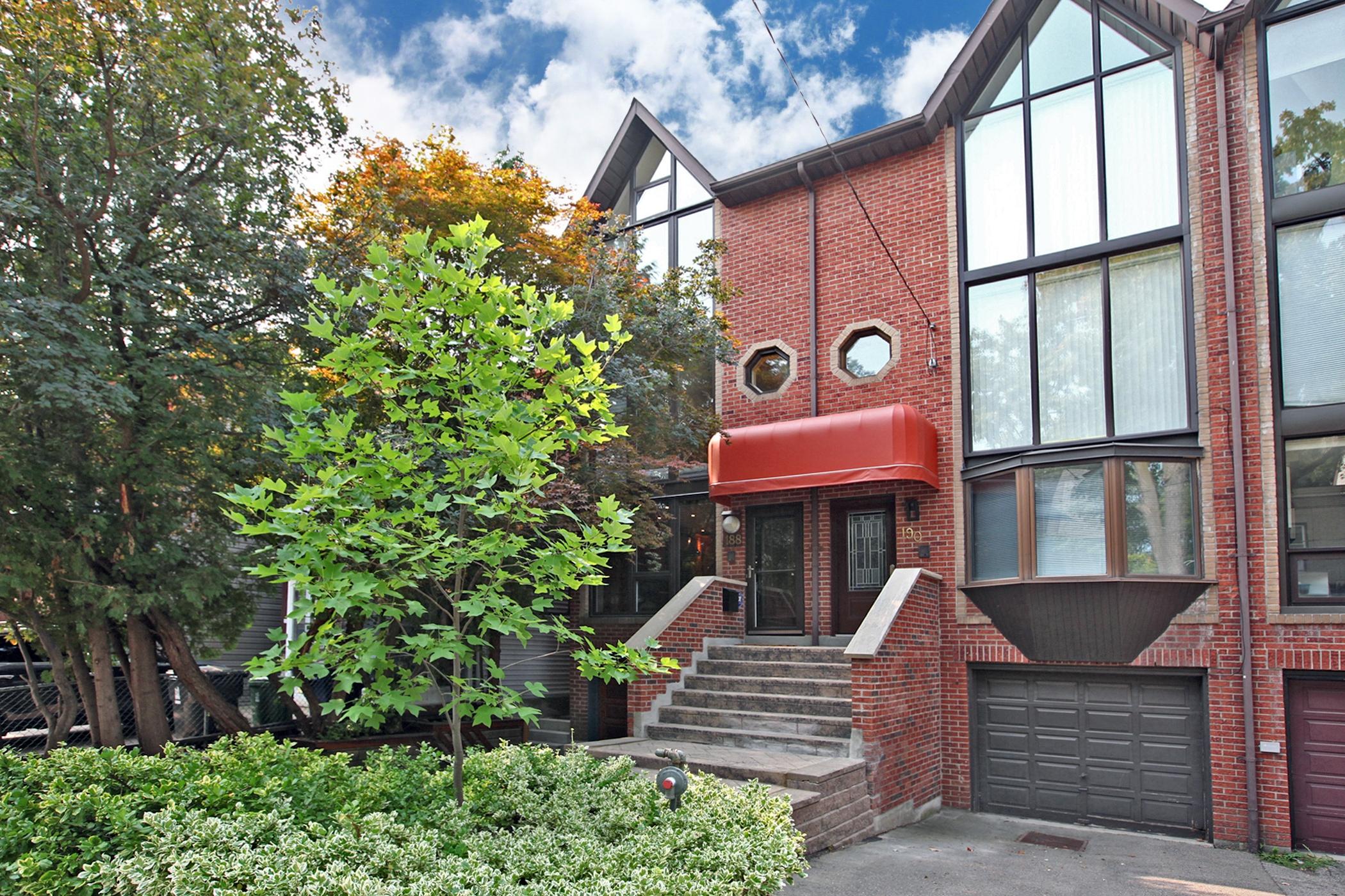 188 Boulton Ave Toronto ON M4M-print-001-003-Exterior-2100x1400-300dpi