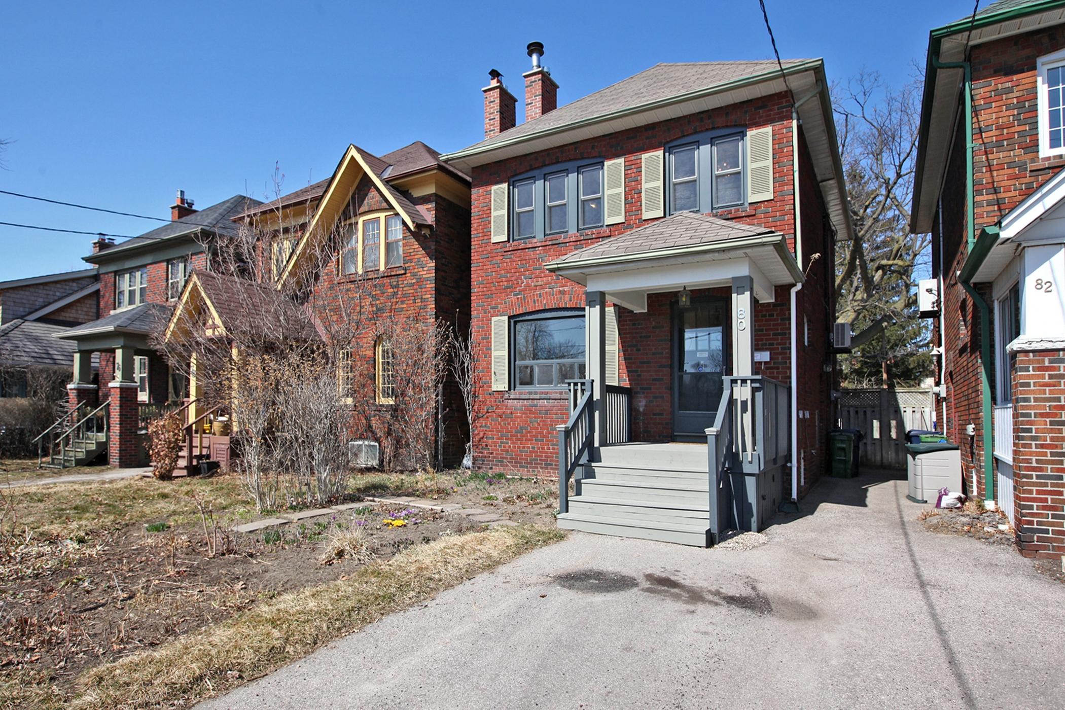 80 Dentonia Park Ave Toronto-print-001-002-Exterior-2100x1400-300dpi